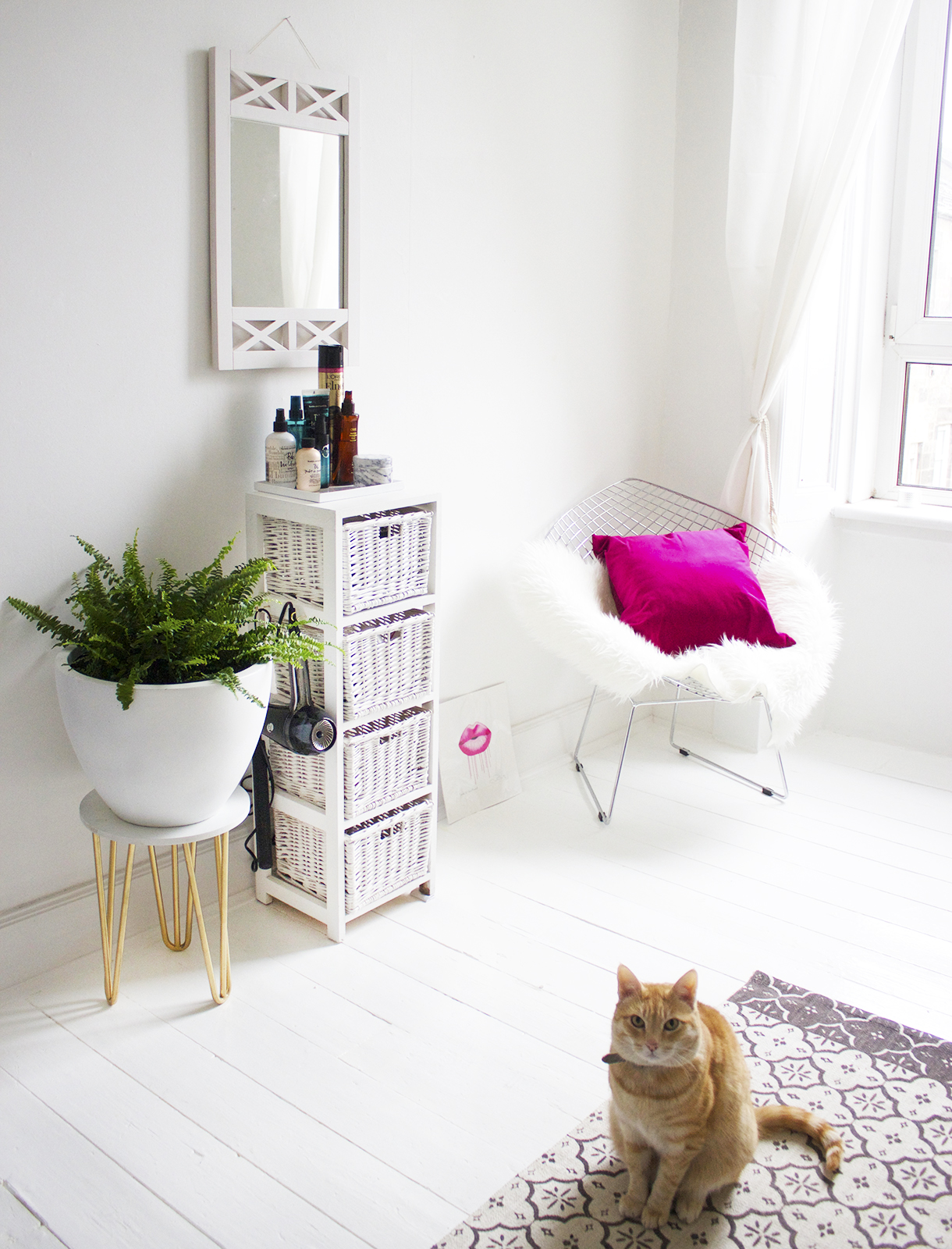 Home Project: A Styling Station. - KATE LA VIE